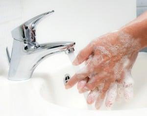 Häufiges Hände waschen sollte man auch in Singapur befolgen