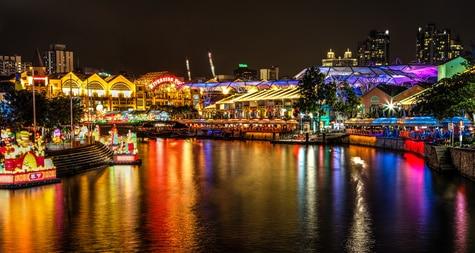 Das Chinesische Laternenfest erstrahlt Clarke Quay nur noch einmal stärker